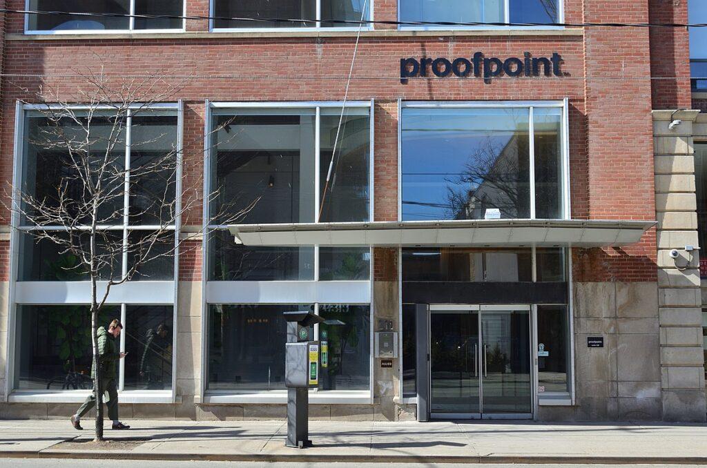 Thoma Bravo compra Proofpoint